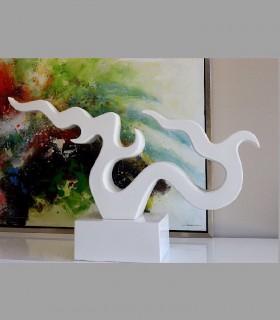 Escultura blanca baja