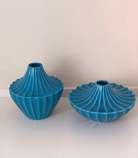 Jarrón bajo cerámica azul
