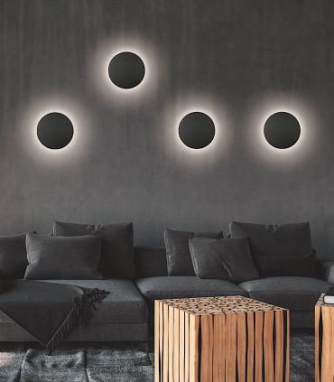 Imagen de ambiente con varios apliques LED Blas negro de ACB