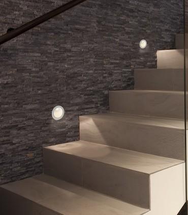 Imagen de ambiente con focos empotrables de pared REGAL 3W - ACB