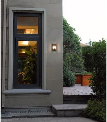 Aplique exterior Meribel 6495 Mantra, imagen de ambiente.