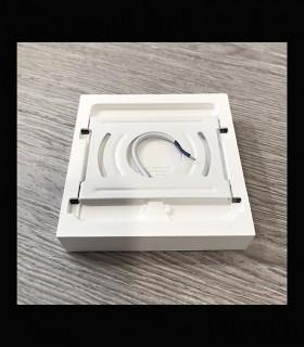 Plafón cuadrado mini sin marcos fino 12w 6000K 1000lm 12x12x2.7cm blanco Vista parte atrás.