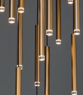 Detalle de cilindros colgantes de la colección Candle.