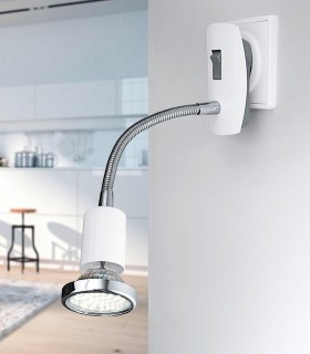 Aplique blanco-cromo, con enchufe y bombilla led orientable
