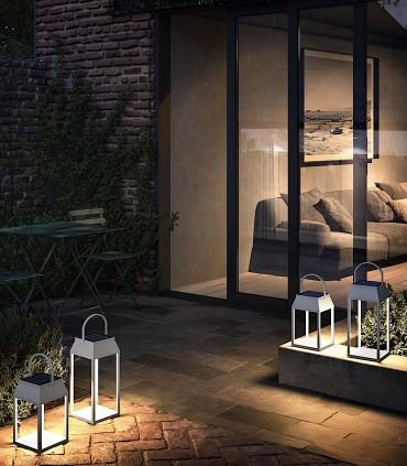 Imagen de ambiente: Lámpara sobremesa solar SAPPORO Blanca Alta exterior 7093 Mantra