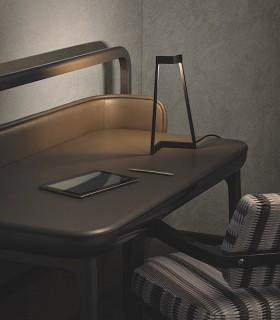 Imagen ambiente Lámpara de mesa Minimal Negro 7281 Mantra